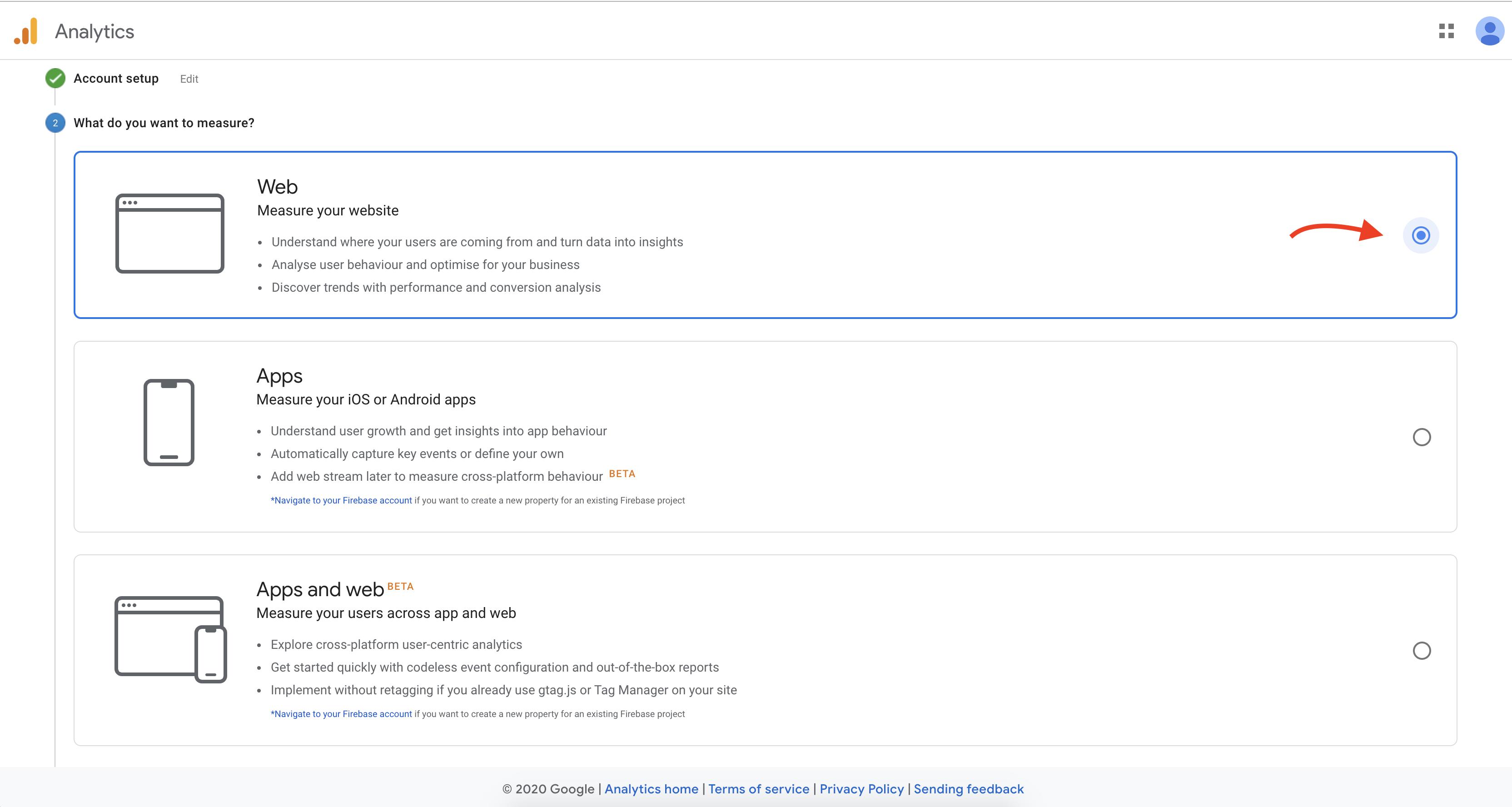 انتخاب گزینه وب در مراحل ثبت نام در گوگل آنالیتیکس
